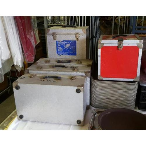 Vintage flightcases, koffers, decoratie. 8198