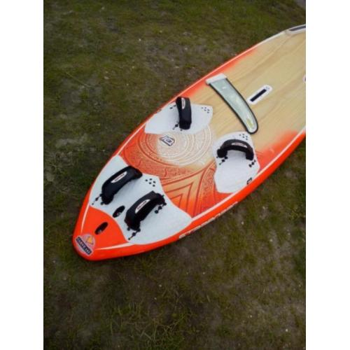 Starboard Carve wood 121 ltr. 2015
