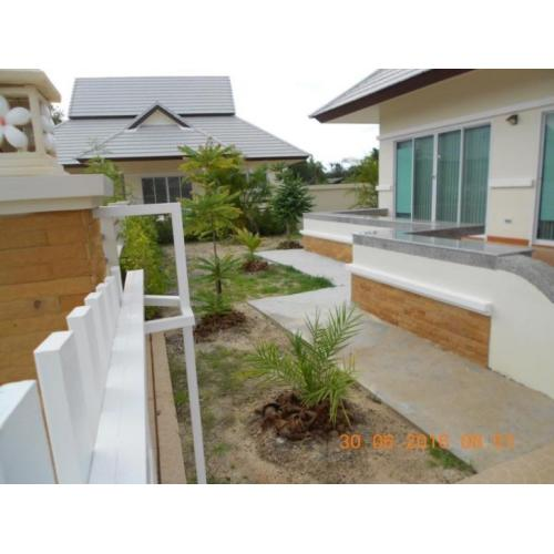 Te Koop of Te Huur : Bungalow in Resort Huahin Thailand
