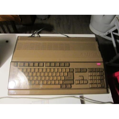 Commodore A500, amiga, external 3.5 discdrive, transformer