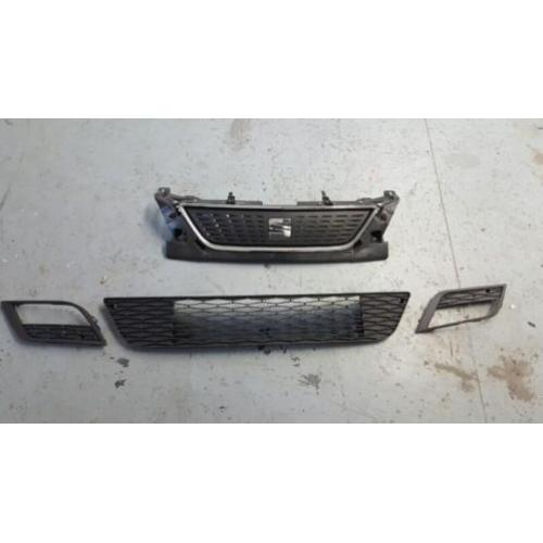 Grille + roosters Seat Leon 2014