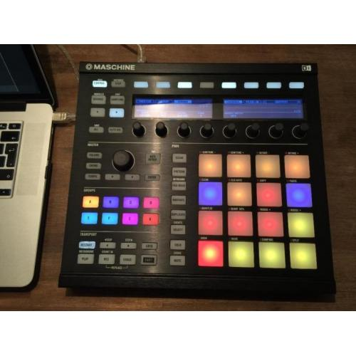 Native Instruments Maschine MKII BLACK met veel extra's