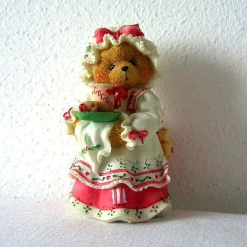 Cherished Teddies Holly A Cup Of Homemade Love beeldje zgan