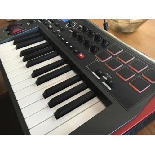 Novation Impulse 25 MIDI Keyboard