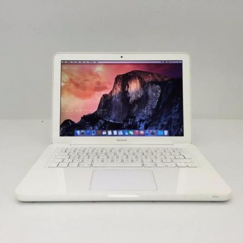 MacXL: MacBook Unibody C2D 2,26 - 4 GB RAM - 120 GB HDD