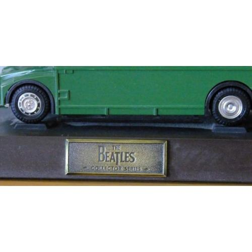 The Beatles Routemaster Telefoon Collectors Item