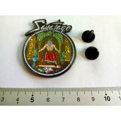 Savatage mooie en nieuwe shaped metal pin speld badge n3